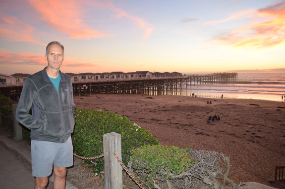 Mike Roes at Crystal Pier, Pacific Beach