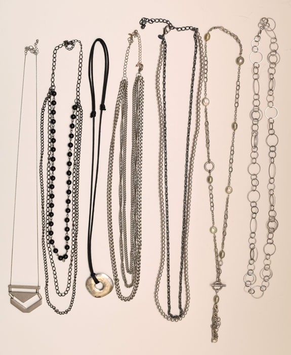 long necklaces worn - 2015